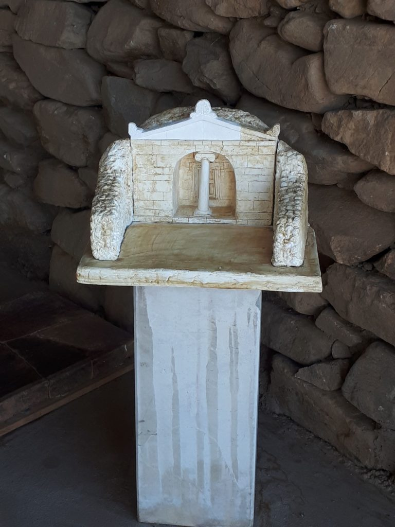 Model of the entrance of Shushmanets Tomb